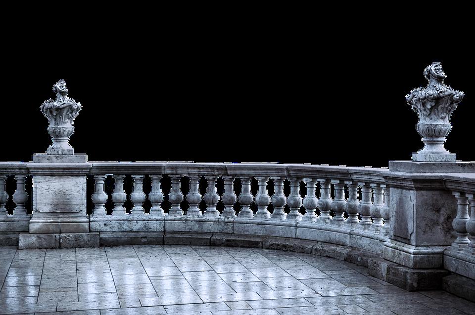 Jaká specifika má zábradlí na balkón oproti schodišťovému