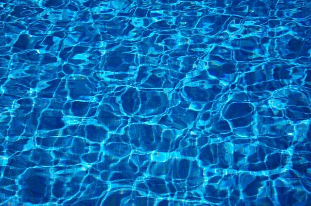 plný bazén